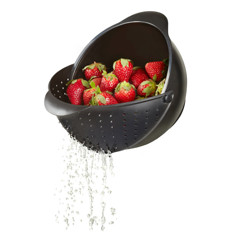 Umbra Rinse Bowl and Strainer