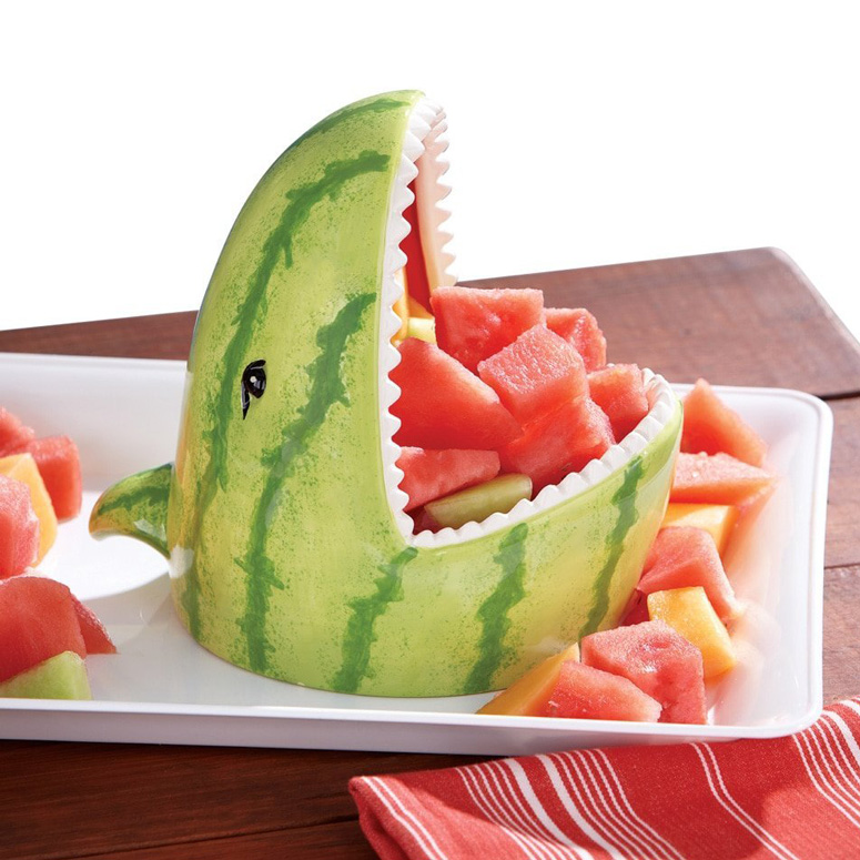 May 10, · A seedless watermelon is a sterile hybrid, which is created by crossing male pollen for a watermelon, containing 22 chromosomes per cell, with a female watermelon flower .